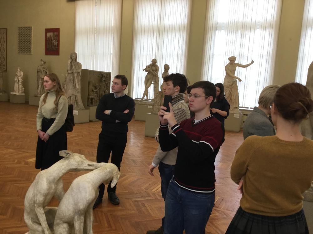 Музейный семинар Греко-латинского клуба Школы философии Antibarbari